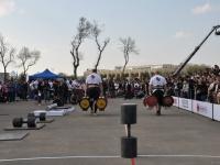 strongman-201200229